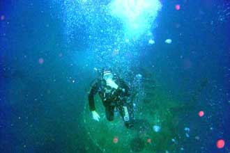 Diving HMAS Swan, Dunsborough photo