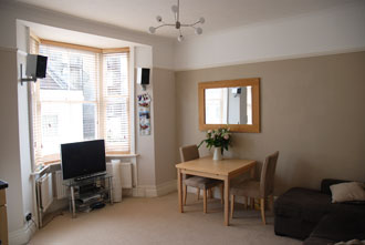 Living Room - Furnished 1 bedroom flat to rent in Hove